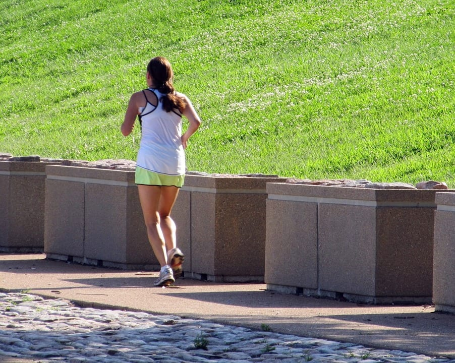 Breathing while running: 4 keys to success - John Barry Miller