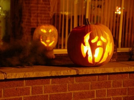 Symbols and main attributes of Halloween
